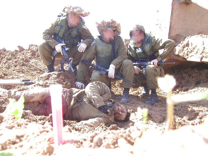 with dead pose bodies Soldiers